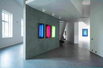 AROTIN & SERGHEI White Screen / Life Cells 1-3, 2017, exhibition view at Palais Rasmuofsky 2018